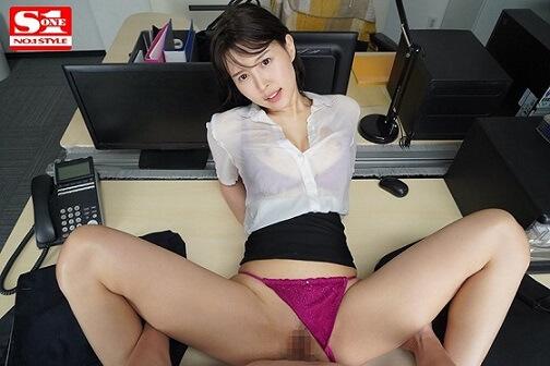 葵つかさオフィスSEX画像