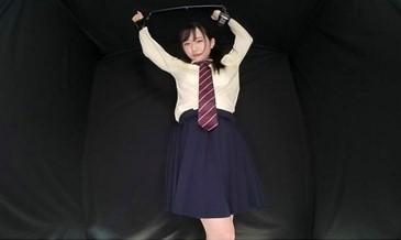 女子高生失禁VR2